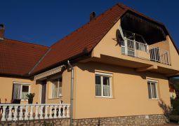Családi ház Sümegen várpanorámával