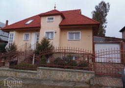 Felújított, exkluzívan berendezett családi ház igényes vevőnek eladó Hévizen !